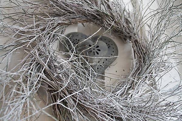 Songbird Winter Mantel Display White Twig Wreath 5