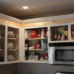 Sweet Something Designs: Crown Molding in Kitchen