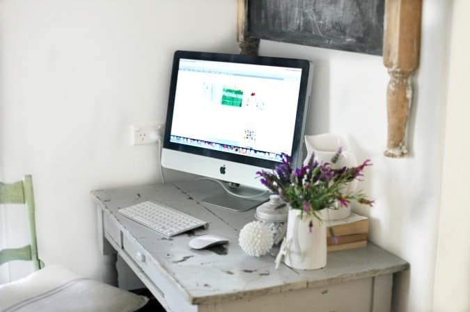 Beach Cottage Shippy desk