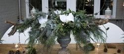 garden table decor Christmas greens, centerpiece, pine cone wreath (9)