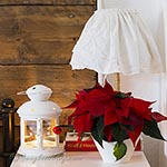 Christmas bedroom decoration in red and white thumb S