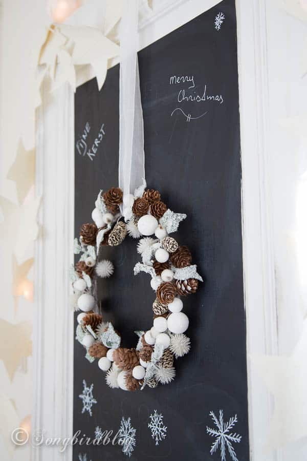 Christmas chalkboard doodles - and wreath
