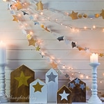 Garlands, stars and houses: my Christmas mantel