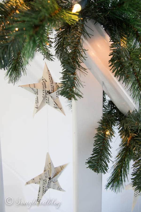 Christmas staircase garland-5