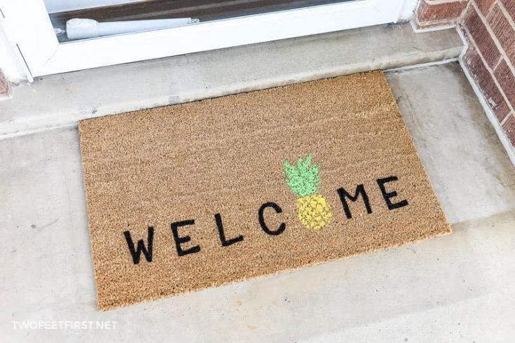 DIY Welcome Pineapple Doormat | Personalized Doormats