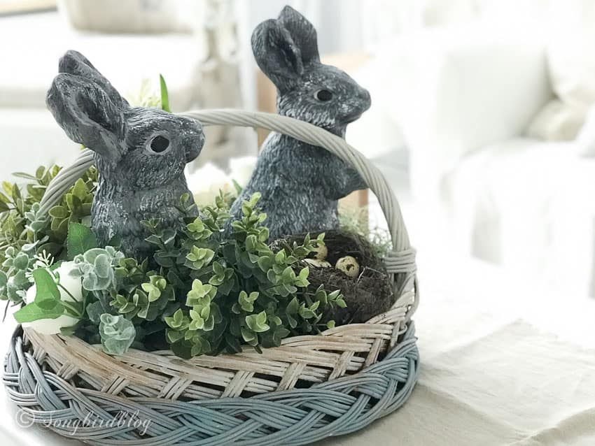 easy easter centerpiece idea with bunnies