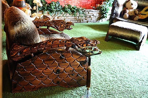 Elvis Presley Graceland jungle room chair