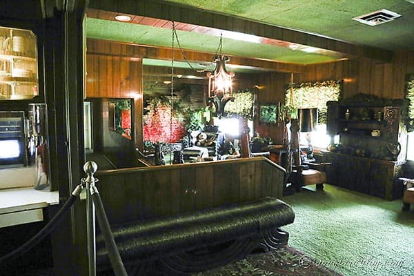 Elvis Presley Graceland jungle room