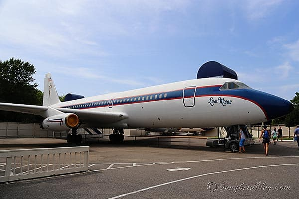 Elvis Presley airplane