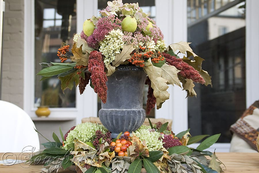 How To Decorate On A Budget: Beautiful Centerpiece As Fall Decoration On Outdoor Table