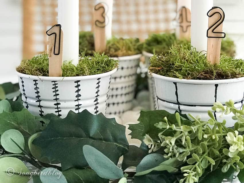 DIY Advent decorations with candle holders