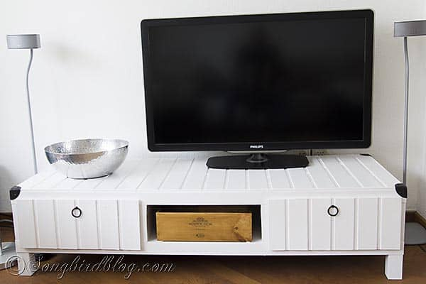 Furniture project Ikea Lack tv stand makeover hack white http://www.songbirdblog.com