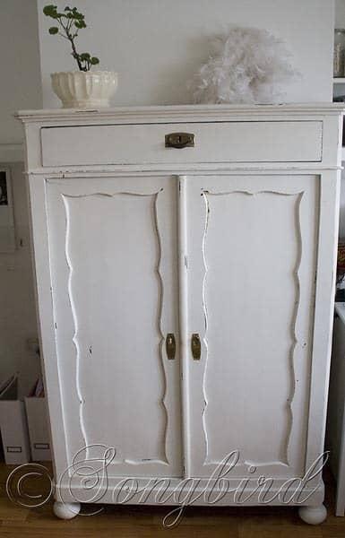 Maid's Closet White 1