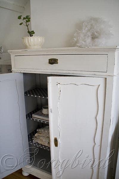 Maid's Closet White 2