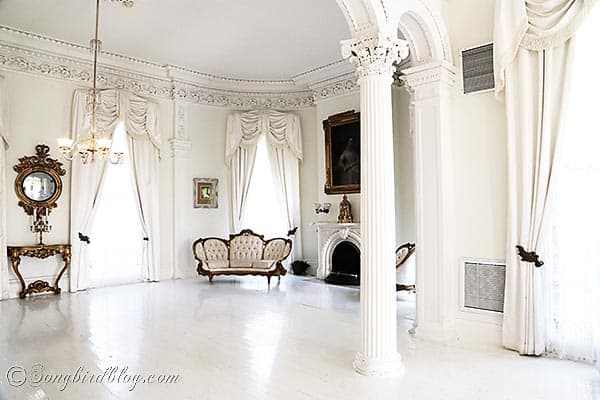 Nottoway plantation white ball room Baton Rouge