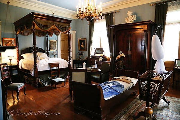 Oak Alley plantation master bedroom  Baton Rouge