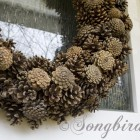 how to make a wreath with pine cones
