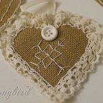 Burlap Ornaments ~ 12 Days of Christmas Decorations / Day 6