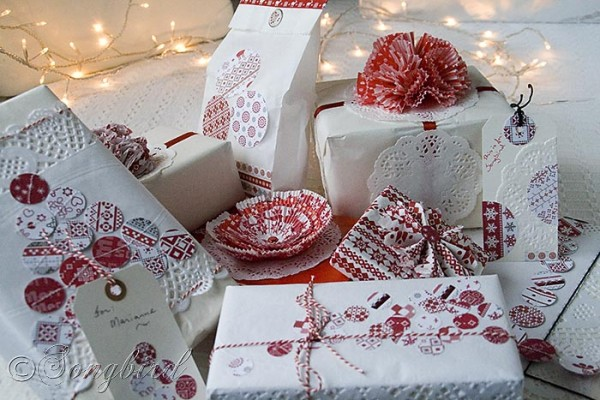 gift wrap ideas red white Christmas