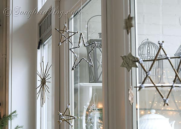how to make star ornaments for Christmas with twigs