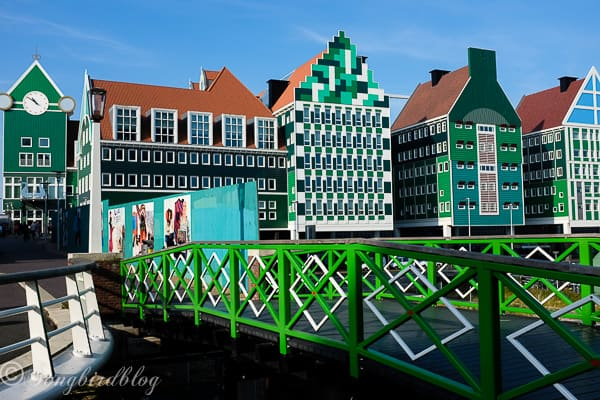 Visit Zaanse Schans Dutch traditional homes and windmills-2
