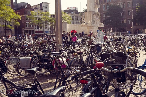 Come along on a little Amsterdam trip and walk around this beautiful city in the Netherlands.