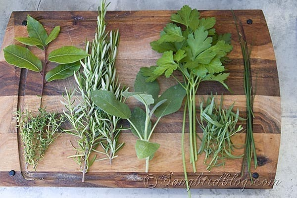 bouquet garni herbs cooking 1