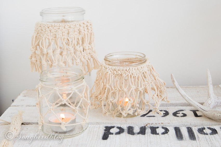Make these easy diy macrame jar lanterns yourself