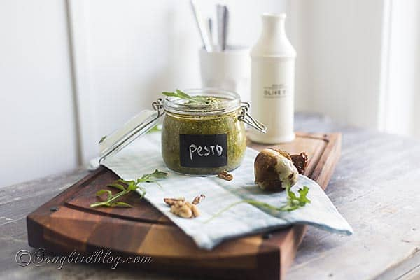 easy rucola pesto recipe via Songbirdblog