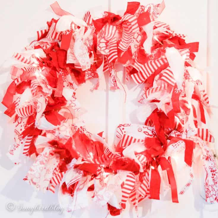 How to make a Christmas fabric scrap wreath