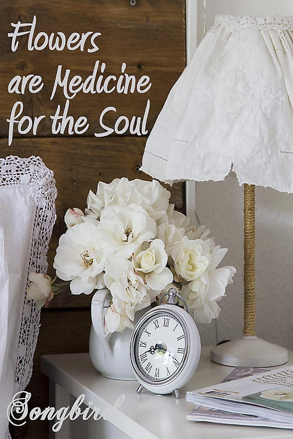 Flowers are medicine for the soul. Join me as I explore the power of healing flowers by creating pretty, easy and lovely flower decorations in my home. www.songbirdblog.com