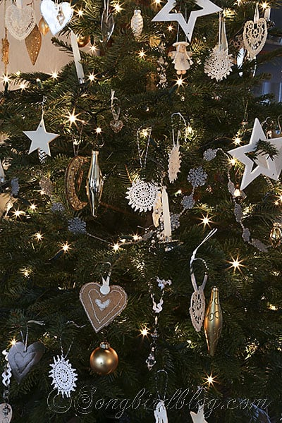 Christmas tree homemade ornaments white, silver and gold (4)