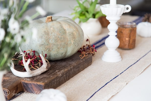 rustic farmhouse Fall table decor with vintage elements