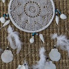 how to make a doilie dream catcher 1