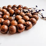 Getting my Craft on: Wooden Beads Tea Trivet