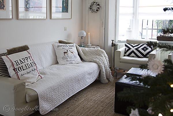 living room Christmas decor pillows 2