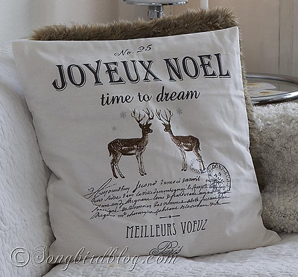 living room Christmas decor pillows