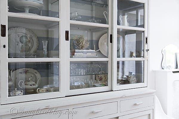 mustardseed milk paint hutch makeover via Songbirdblog