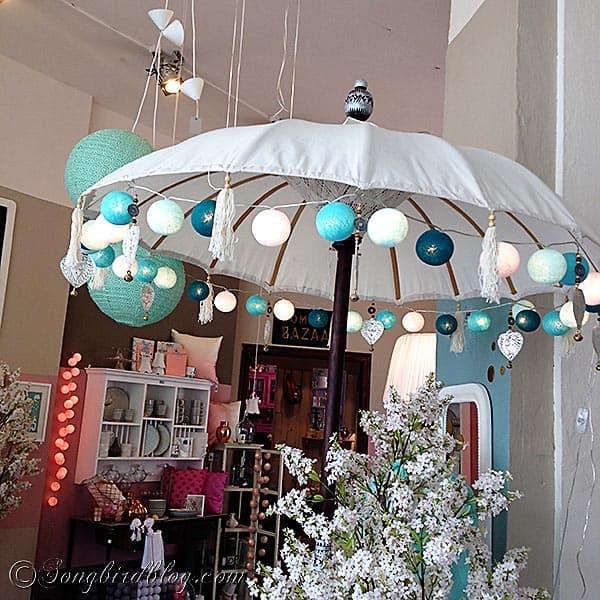 parasol with colorful lamps Villa Smilla