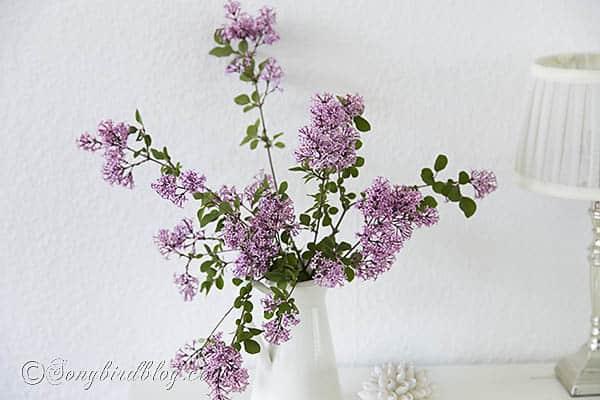 pink lilac bouquet via Songbirdblog