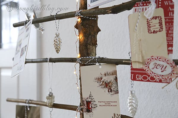 homemade Christmas tree branches display Christmas cards (4)