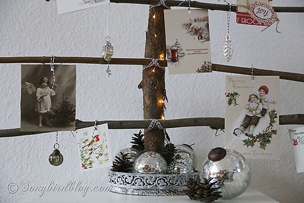 homemade Christmas tree branches display Christmas cards (3)