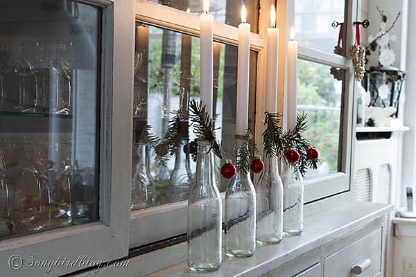 easy Christmas decoration with repurposed bottles. http://www.songbirdblog.com