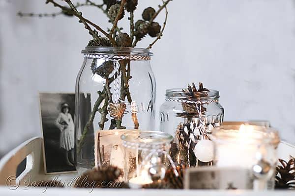 easy Christmas decorating candle lights display (1)