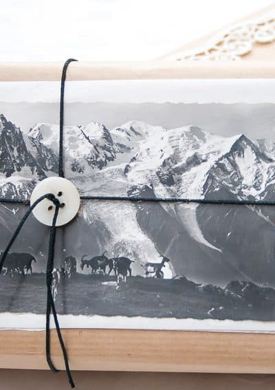 vintage Christmas gift wrapping ideas with postcards