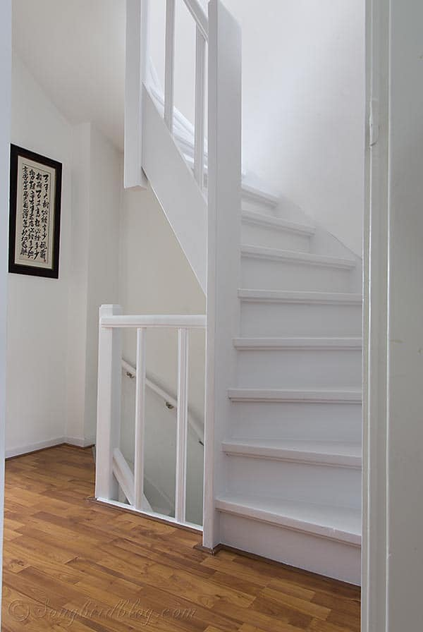 White Painted Staircase Songbird